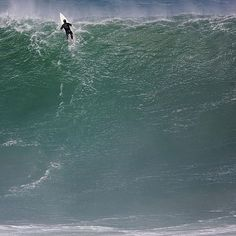 Monster wave 🌊 and monster shot by @tedgrambeau posted by @garagefilms