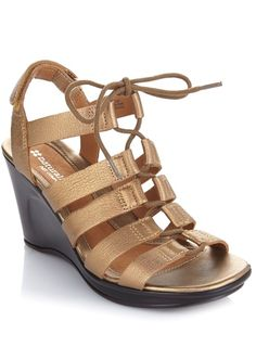 Every fashionista needs a lace-up sandal like this @naturalizer Onward wedge - it adjusts to the perfect fit for every occasion!