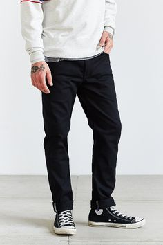 Graue skinny jeans manner