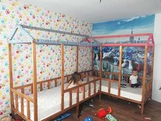 We are here to get you all the best home decor ideas!This Dad builds incredible beds for his kids saving a lot of money! You won't believe how amazing the result is. Easier to do DIY toddler bed than you think. Diy Toddler Bed, Toy Room Organization, Do It Yourself Furniture, Diy Furniture, Room Divider Doors, Built In Bed, Old Beds, Save The Children, Toy Rooms