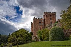 Powys castle in wales Welsh Castles, Castles In Wales, Midevil Castle, Medieval, Irish Sea, Castle House, Forts, Palaces, Great Britain