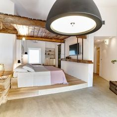 Praia Art Resort is located near Isola di Capo Rizzuto in Calabria. 30 authentic rooms with sea views and terrace - naturalness and a touch of luxury. Reggio Calabria, Sit Back And Relax, Cool Rooms, A Boutique, Hotel Offers, Architecture Design, Lounge, Luxury, Furniture