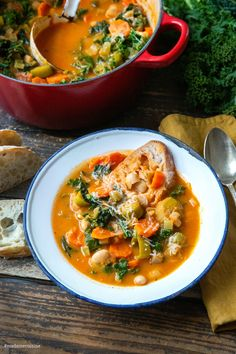 Ribollita: Toskanische Bauernsuppe - Madame Cuisine - The Best For Dinner Chicken Recipes Hamburger Meat Recipes, Sausage Recipes, Healthy Dinner Recipes, Vegetarian Recipes, Delicious Meals, Healthy Eating Tips, Evening Meals, Mushroom Recipes, Eating Plans