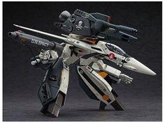Macross Robotech VF-1S/A Strike/Super Gerwalk Valkyrie 1/72 Model Kit by Hasegawa