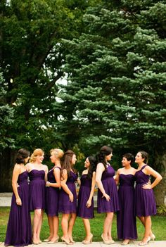 Bridesmaids in different designs, same hue. Maybe even in different shades?