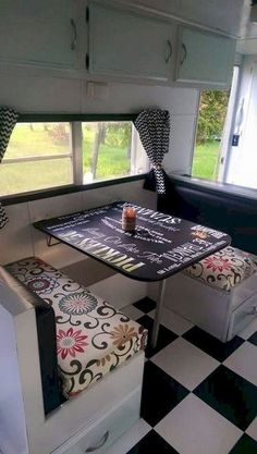 Awesome 10 Best RV Remodelling Ideas For A Fresh Eye Look https://decoratoo.com/2018/02/18/10-best-rv-remodelling-ideas-fresh-eye-look/ 10 best RV remodelling ideas for a fresh eye look which can created with low budget but bring maximum function and style.