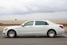 The Mercedes-Maybach offers all the same luxury as a Bentley or Rolls-Royce with a much lower price tag. A bargain Maybach? Maybach Car, Mercedes Maybach S600, Maybach Music, Mercedes S 600, Mercedes S Class, Mercedes Benz Cars, Merc Benz, Lux Cars, Benz S Class