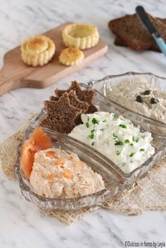 Mousse salate veloci per tartine o per farcire i vol au vent ricette Dulcisss in forno by Leyla ♦๏~✿✿✿~☼๏♥๏花✨✿写❁~⊱✿ღ~❥ WE Jul ~♥⛩☮️ Vol Au Vent, Antipasto, Party Finger Foods, Finger Food Appetizers, Appetizer Buffet, Appetizer Recipes, Cooking Time, Cooking Recipes, Salsa Dulce