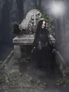 #pinterest #gothic Mitt første art photo