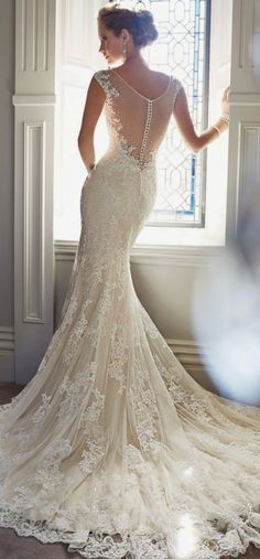 40 Jaw-Dropping Statement Back Wedding Dresses | Weddingomania