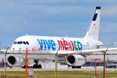 Mexicana Airlines Airbus A320-231 (F-OHMJ) by ChicagoKoz (ORDSpotter), via Flickr