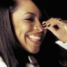 Aaliyah Miss You, Rip Aaliyah, Black Is Beautiful, Beautiful People, Aaliyah Haughton, Toni Braxton, Amy Winehouse, Her Smile, Beauty