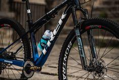 Bike Check: Comparing Trek Factory Racing's Supercaliber Setups - Pinkbike Rebounding, Mtb, Trek, Remote, Bicycle, Things To Come, Racing, Lifestyle, Running