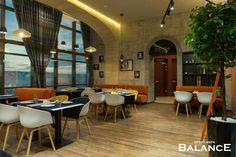 Озеленение кафе на 24 этаже Wellness&spa Balance.  Декорирование искусственными растениями. Реализация студии Iren Lakusta.