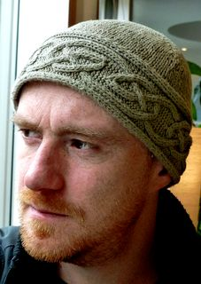 Cinioch Hat | knitting pattern for a hat with Celtic knotwork cables by Lucy Hague