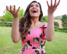 As novas celebridades – Bethany Mota  -  High-Tech Girl   Novas Celebridades. YouTubers. Bethany Mota