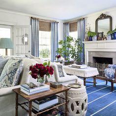 Elegant Home Decor, Elegant Homes, Living Room Seating, Living Rooms, Living Spaces, Apartment Living, Southern Living Homes, Southern Cottage, Living Room Decor Traditional