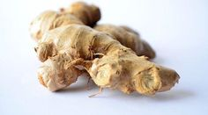 As with many other spices and herbs, ginger is well-known around the world for its health benefits. Did you know that ginger water can speed up weight loss? Herbal Remedies, Natural Remedies, Flu Remedies, Ginger Benefits, Health Benefits, Salud Natural, Dehydrated Food, Dehydrator Recipes, Canning Recipes