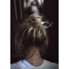 messy bun ❤ liked on Polyvore featuring hair, hairstyles, backgrounds, images and people