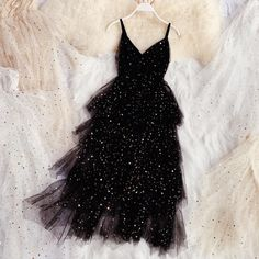 Black Prom Dresses, Dance Dresses, Elegant Dresses, Homecoming Dresses, Pretty Dresses, Beautiful Dresses, Short Dresses, Layered Dresses, Dresses Dresses