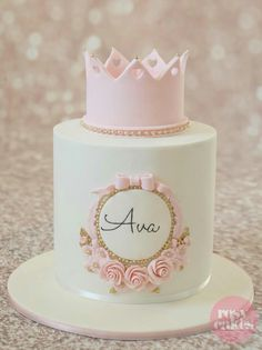 Princess cake  pink and god excelent combination !!!
