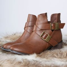 These booties are so perfect for the season. #trendy