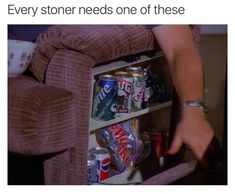 We like cannabis as you do :) We are proudly bringing you newest and most popular products infront of your door. Let´s enjoy canna life! Weed Humor, R Memes, Jokes, Cannabis, Marijuana Funny, Stoner Meme, Tv Show Music, Ideas, Ganja