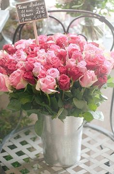 Swooning over this pretty variety of pink roses