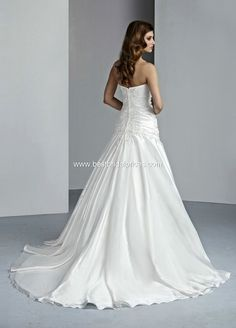Style 50033 » Wedding Gowns » DaVinci Bridal » Available Colours : Ivory/Silver, Ivory/Ivory, White/Silver, White/White (back)