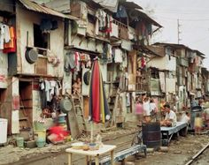 Peter Bialobrzeski: Megacities and their slums 'Manila / Philippinen' - philippines holiday Dalai Lama, Les Miserables, Andreas Gursky, Philippine Holidays, Manila Philippines, Heaven And Hell, Photo Journal, Slums, New Hobbies
