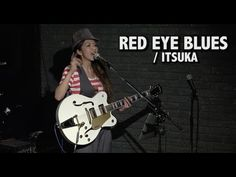 Female Japanese musician ITSUKA Loop Performance (Boss VE-8) / シンガー,コンポーザーITSUKAのループマシン使用ソロライブ - YouTube
