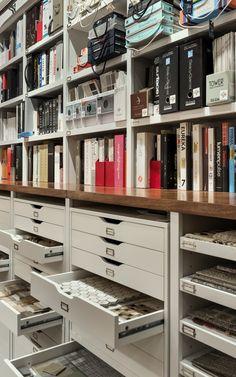 TMS Architects New Interior Design Studio Design Room, Design Firms, Design Ideas, Logo Design, Clean Design, Design Trends, Loft Interior, New Interior Design, Design Offices
