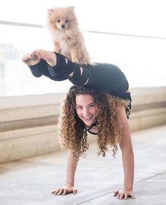 Joyful and healthy life with yoga. Joyful and healthy life with yoga. Joyful and healthy life with yoga. Joyful and healthy life with yoga. Flexibility Dance, Gymnastics Flexibility, Gymnastics Workout, Acrobatic Gymnastics, Gymnastics Leotards, Dance Photography Poses, Gymnastics Photography, Dance Poses, Acro Dance