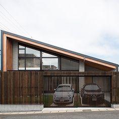 大屋根の垂木の家