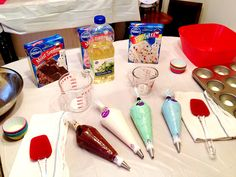 Cupcake Wars Party... ..omg that would be so fun. I just love that show!! #cupcake #party