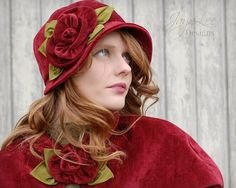 Mode de velours rouge des années 1920 chapeau par GreenTrunkDesigns