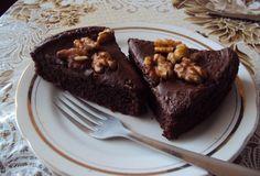 Cviklové brownies- recept: http://mondoaldente.blogspot.sk/2014/06/cviklove-brownies.html