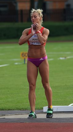 female athletes in hot lycra and more: Photo Athletic Body, Athletic Women, Beautiful Athletes, Sporty Girls, Muscle Girls, Sports Women, Female Sports, Track And Field, Female Athletes