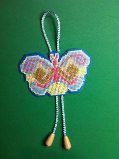 Mariposa en punto de cruz