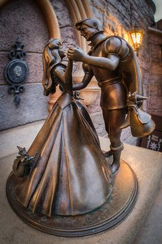 Sleeping Beauty & Prince Philip Statue - Disneyland