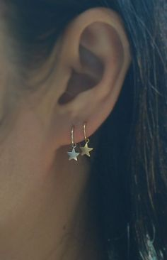 * price per 1 item * The Star Charm can be moved freely along the hoop. thickness -20 Gauge Diameter - 8mm Colors may look different depending on #Earrings