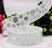 1410821,7/8 ''22 MM Impressos fita de gorgorão de Natal do floco de neve de prata quente, materiais artesanais DIY, acessórios de chapelaria(China (Mainland))