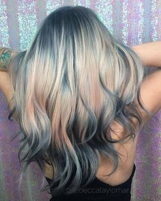 One of the new hair trends for 2017 is known as shine line hair trend. It's a brilliant optical illusion that looks like a rainbow laser beam has projected onto your head.