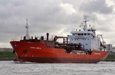 Beheer vanuit Rotterdam  29 maart 2016 te IJmuiden uit de Noordersluis naar zee CORAL OBELIA http://koopvaardij.blogspot.nl/2016/03/beheer-vanuit-rotterdam_29.html