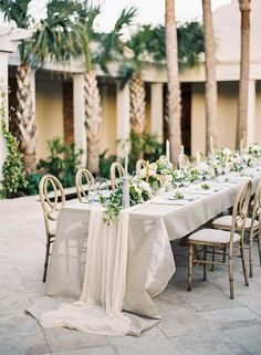 FOR THE RECEPTION || Tropical luxe table setting with pastel coloured textured linens & table runner || NOVELA BRIDE...where the modern romantics play & plan the most stylish weddings... www.novelabride.com (Instagram: @novelabride)