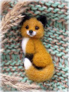 Купить Лисичка брошь - рыжий, лиса, лисичка, брошь, брошка, брошка ручной работы