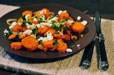 Biologische wortelen met gember en rode ui