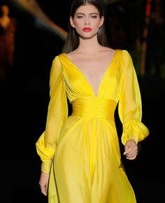 Lovely Dresses, Sexy Dresses, Beautiful Outfits, Fashion Dresses, Gala Dresses, Evening Dresses, Havana Nights Dress, I Dress, Swag Dress