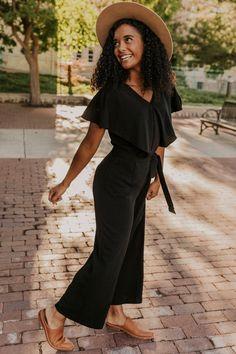 Girls Winter Fashion, Black Girl Fashion, Fall Fashion Outfits, Boho Fashion, Autumn Fashion, Brunch Outfit, Fine Black Girls, Black And Grey Outfits, Ulzzang