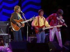 John Denver & Nitty Gritty Dirt Band - Thank God I'm A Country Boy (Live at Farm Aid 1985) - YouTube